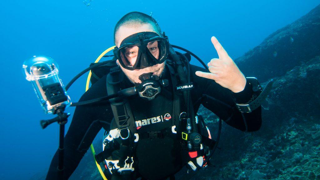 Improve your skills while diving Nusa Penida